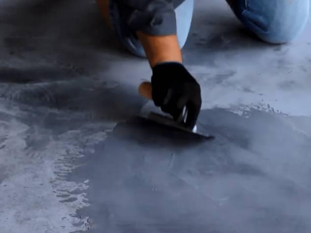 Нанесение арт-бетона